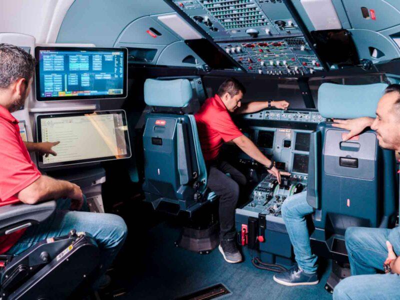 AFG-MEDELLIN-Cockpit